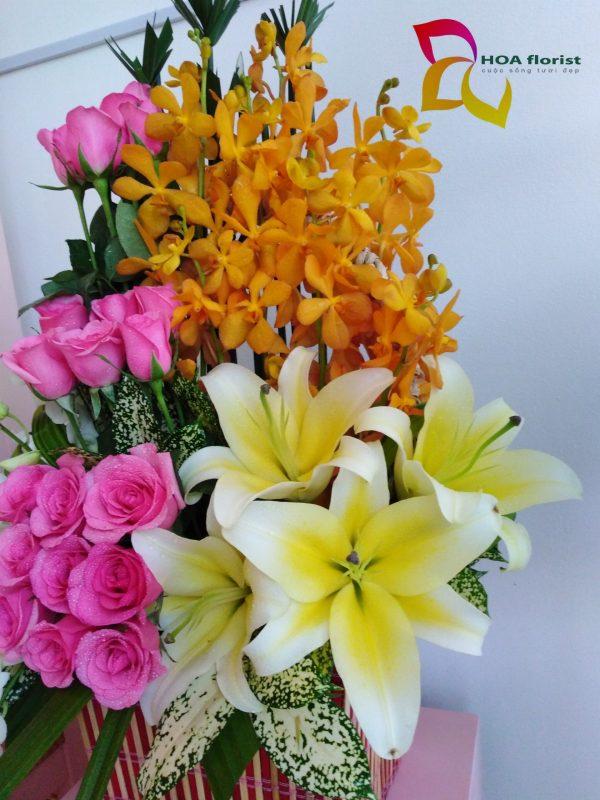 tầng hồng, giỏ hoa, hoa hồng, hoa mocara, hoa ly, hoa tươi, hoa đẹp